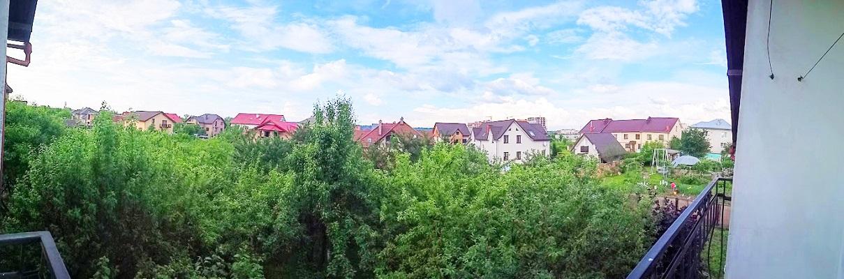 Продам будинок на дві сім'ї в місті